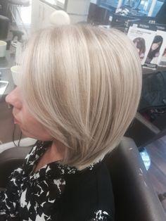 Blonde highlights with Wella instamatic smokey amethyst