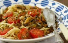 Spaghetti alle cozze e pomodorini