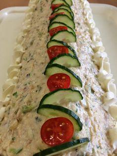 Liian hyvää -blogi täytti maaliskuulla kokonaisen vuoden :) Blogini suosituin teksti vuoden aikana on ollut kinkkuvoile... Zucchini, Vegetables, Savory Snacks, Veggies, Vegetable Recipes, Cucumber