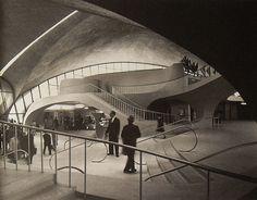 1962 NYC Idlewild Airport 1960s TWA Terminal NEW YORK CITY vintage photo interior