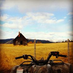 #country #camo #quad #4wheelin One of the best views in the world