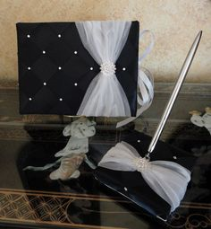 Elegant Ivory book with your chosen colour ribbon Personalised /& Boxed bespoke 76 page guest books for Weddings Paper Memories JAdore Diamante Heart Couture Wedding Guest Book