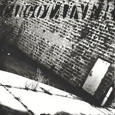 Cargotainer. #adrianmichigan #m3xtures #mexturesapp #bnw #bnw_captures #bnw_life #bnw_society #bnwmood #bnw_planet #bnwphotography