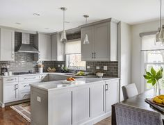 Delightful Bathroom Cabinets Ideas Remodeling Ideas with U Shaped Kitchen Peninsula and Eat in Updated Kitchen, New Kitchen, Kitchen Decor, Kitchen Ideas, Gally Kitchen, Cheap Kitchen, Kitchen Colors, Kitchen Inspiration, Light Gray Cabinets