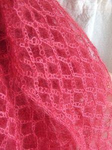 New Crochet Lace Scarf Ganchillo 63 Ideas Crochet Baby Shawl, Crochet Poncho Patterns, Crochet Beanie Pattern, Diy Crochet, Shawl Patterns, Crochet Stitches, Crochet Tutorial, Crochet Squares, Crochet Gifts