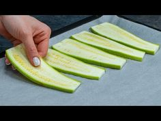 Zucchini, Good Food, Yummy Food, Romanian Food, Finger Foods, Food Videos, Cucumber, Food And Drink, Appetizers