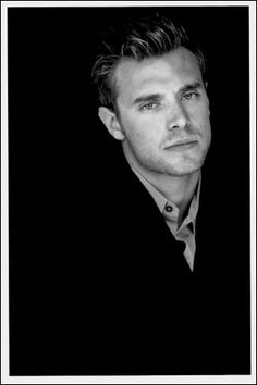 Billy Miller, scruffy American actor
