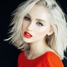 Best Layered Haircuts For Thin Hair Haircuts For Thin Straight Hair White Blonde Hair, Platinum Blonde Hair, Blonde Color, Long Red Hair, Medium Long Hair, Thin Hair Haircuts, Layered Haircuts, Medium Haircuts, Bob Haircuts