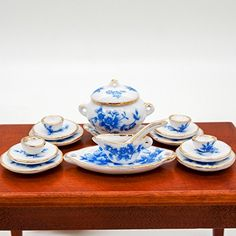 1:12 17PCS Blue Flowers with Golden Trim Tableware Dinner... http://www.amazon.com/dp/B00RJN4H2I/ref=cm_sw_r_pi_dp_39qixb0R1W7F0