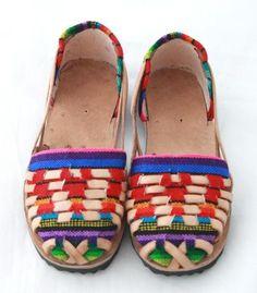 Niñas Huaraches Sandals- Arco Iris