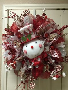 Red/White Snowman deco mesh wreath by Twentycoats Wreath Creations (2015)