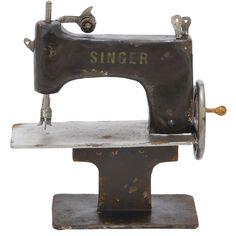 Vintage-Inspired Sewing Machine
