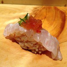 秀徳 築地 Shutoku Tsukiji for really good sushi - recommended to go for lunch! Kinds Of Sushi, Sushi Love, Best Sushi, Midnight Food, Sushi Burrito, Japanese Food Sushi, Food Dishes, Tasty Dishes, Sashimi Sushi