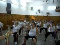 Ejercicios para la Tercera Edad . ejercicios de hombros..wmv - YouTube
