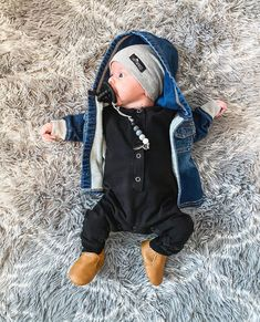 Outfits Niños, Cute Baby Boy Outfits, Kids Outfits, Little Boy Fashion, Baby Boy Fashion, Kids Fashion, Baby Boy Baptism Outfit, Cute Baby Pictures, Baby Kids Clothes