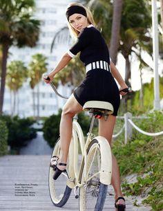 Valentina Zelyaeva photographed by Kayt Jones for Elle Russia March 2013 Valentina Zelyaeva, Dutch Bike, Bike Suit, Push Bikes, Cycling Girls, Women's Cycling, Cycling Jerseys, Bicycle Girl, Bicycle Women