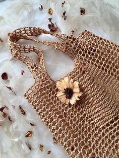 Сумка авоська из рафии в интернет-магазине на Ярмарке Мастеров. Авоська из рафии цвета бронзы. Knit Fashion, Fashion Bags, Crochet Woman, Knit Crochet, Sewing Patterns, Crochet Patterns, Lace Bag, Crochet Magazine, Crochet Handbags