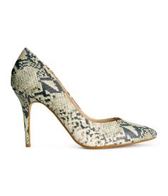 Premium-quality pumps in snakeskin-patterned leather. | H&M Shoes