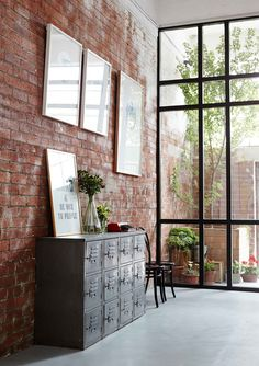 Inspiratie: brickwalls in je interieur & The 57 best INNER URBAN Style images on Pinterest | City style ...