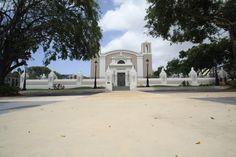 Iglesia Catolica-Plaza de Recreo-Bayamón