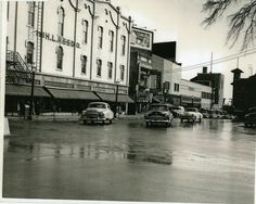View of N. Park St. near Mansfield, Ohio's H.L. Reed building circa 1950. Includes Stone's Grill, Woolworths and several 1950's cars.
