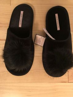 c8a8775b808 New Victoria Secret Pom Pom Slippers Black Medium 7-8  fashion  clothing