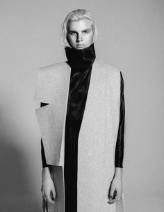 Abigail Lewis (Alton, Illinois) - Sliced Lapel Sleeveless Coat in heather gray wool felt, Turtle Neck-lining Dress in caviar. Fashion Designer, Fashion Art, Fashion Models, Sculptural Fashion, Contemporary Fashion, Paul Jung, Celine, Sleeveless Coat, Geometric Fashion