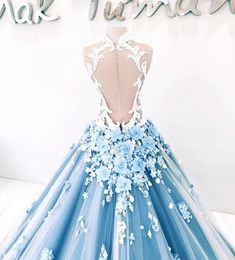 Quinceanera Dress Styles – Three Steps to Finding the Perfect One Quince Dresses, Prom Dresses Blue, Pretty Dresses, Wedding Dresses, Pageant Dresses, 15 Dresses, Ball Gown Dresses, Evening Dresses, Fantasy Dress