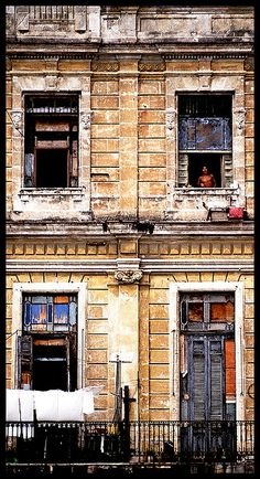 reasons for visiting the city of la havana cuba Here's the deal: tourist travel to cuba has been banned by the us embargo  since 1962 (authorized categories of travel are mostly for specific reasons, like  family  it has a great location, it is really in the heart of the city, pineda says   you can also take a tour of havana in cuba's iconic and brightly.