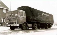 DAF FT 2600 met huifoplegger van Gebr Greving in Groningen Huge Truck, Old King, Classic Trucks, Good Old, Netherlands, Motorcycles, Van, Vehicles, Antique Cars