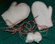 """felt mitten ornaments (easy diy project) just need felt, bakers string,  cotton balls, scissors, and a needle! - """"Mitten Day"""""""