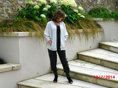 Loving the joggers What I Wore, Joggers, Stylish, Coat, Blog, How To Wear, Fashion Tips, Fashion Hacks, Runners