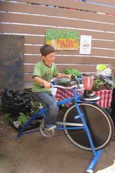 Rentable Pedal Powered Activities - Rock The Bike Smoothie Bike, Manual Washing Machine, Juice Bar Design, Powered Bicycle, Bicycle Pedals, Best Blenders, Ikea Home, Farm Stand, Cool Bicycles