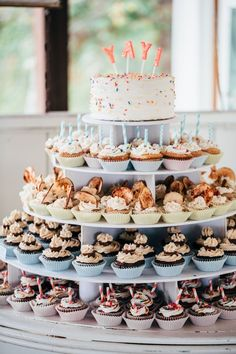 A perfect wedding cake alternative is cupcakes! Here is a list of the most perfe. A perfect wedding cake alternative is cupcakes! Here is a list of the most perfect wedding cupcakes that are simple yet . Fall Wedding Cupcakes, Vegan Wedding Cake, Floral Wedding Cakes, Wedding Cake Rustic, Cool Wedding Cakes, Beautiful Wedding Cakes, Gorgeous Cakes, Wedding Cake Designs, Wedding Desserts