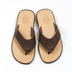 Patmos | sandales en cuir pour hommes __________ Aᴛᴇʟɪᴇʀ 1935 | Pᴀʀᴏꜱ