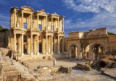 La Biblioteca de Alejandría, la destrucción del gran centro del saber de la Antigüedad