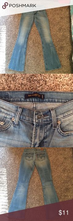 Adorable Levi jeans!  NWOT! New Levi Jeans!  These are so cute on. Size 3 in juniors. Smoke free home. No rips, stains or tears. Levi's Jeans
