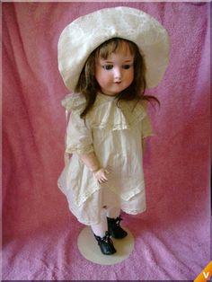 Antique dolls - Armand Marseille 390 uit 1900