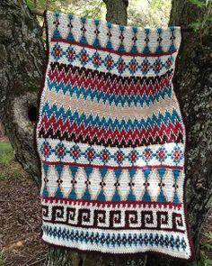 Picture of Aztec Afghan & Pillow Set Crochet Pattern Crochet Pillow Pattern, Crochet Stitches Patterns, Tapestry Crochet, Manta Crochet, Crochet Baby, Knit Crochet, Crocheted Afghans, Crochet Blankets, Irish Crochet