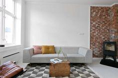 Livingroom Hviit/Hviitblogg.no Gate, Living Room, Store, Rome, Portal, Home Living Room, Drawing Room, Lounge, Family Rooms
