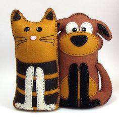 Pick 1  Cat or Dog Hand Sewing PATTERN  Make by LittleHibouShoppe, $4.00
