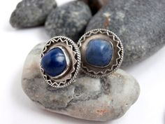 Screw Back Earrings - Sterling Silver - Blue Stone Earrings - Vintage Jewellery by ReTainReUse on Etsy