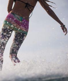 POP SURF  http://www.roxy.com/popsurf