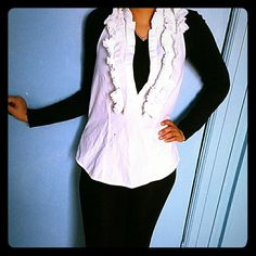 Ruffled top Open back,ruffled collar. Buttons on chest area. Tops