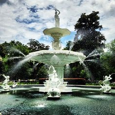 The picturesque Forsyth Park Fountain in Savannah, GA #TLCities