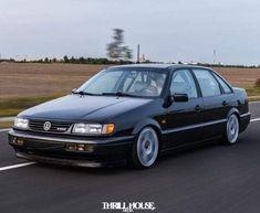 Vw Passat, Retro Cars, Vintage Cars, Karts, Volkswagen Group, Car Engine, Limousine, Sexy Cars, Car Wallpapers