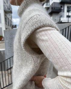 Sunday Sweater – PetiteKnit Knit Vest Pattern, Bind Off, Holiday Sweater, Circular Needles, Stockinette, Needles Sizes, Leg Warmers, Simple Designs, Swatch