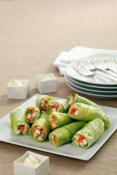 Salatröllchen mit Hähnchenfüllung und frischer Mayonnaise Salad rolls with chicken filling – perfect low-carb snack! Diet Snacks, Health Snacks, Hcg Recipes, Healthy Recipes, Salad Rolls, Low Carb Keto, Relleno, Grilling Recipes, Healthy Drinks