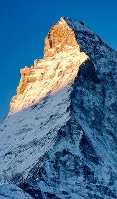 Good morning Matterhorn Zermatt, Hiking Photography, Nature Photography, Monte Everest, Swiss Travel, Natural Structures, Mountain Art, Beautiful Places, Beautiful Friend