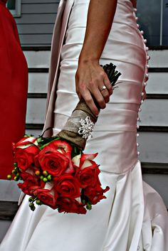 I love this dress, the color, the red flowers, everything!